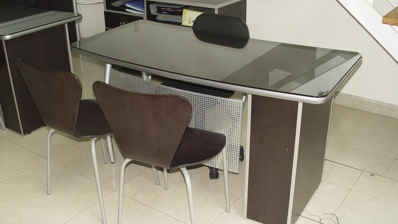 vistas/img/imgSubCategorias/escritorios-semi-ejecutivos.jpg